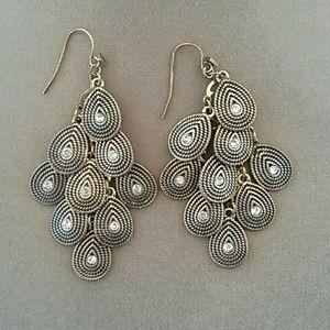 Jewelry - Dangle Pierced Earrings